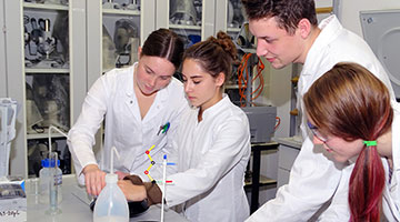 Biologisch-technische/r Assistent/in (BTA)